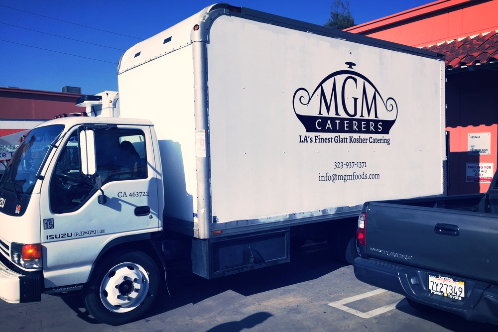 MGMCatering_VehicleLettering_PremiumSignSolutions_Tarzana