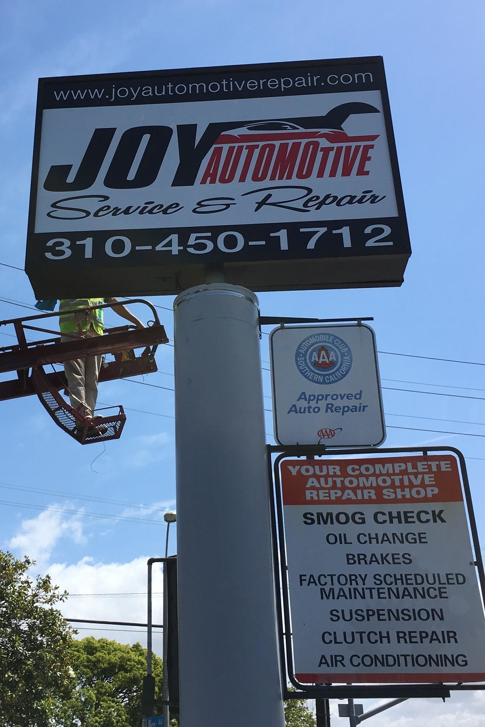 JoyAutomotive_pylonreface_SantaMonica_PremiumSignSolutions