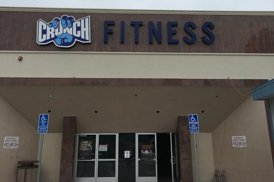 CrunchFitnessCerritos_ChannelLetters_PremiumSignSolutions