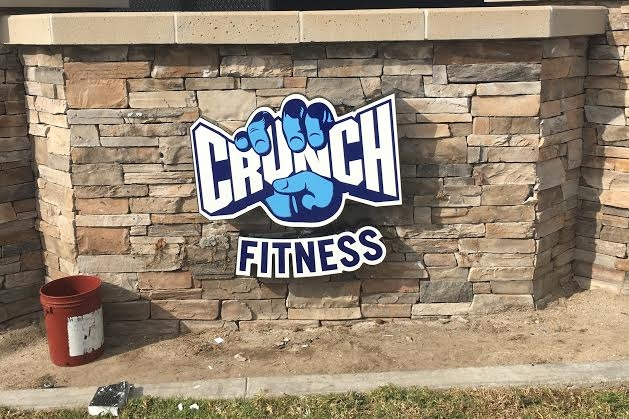 CrunchFitness_LogoSign_ChannelLetter_PremiumSignSolutions_SimiValley