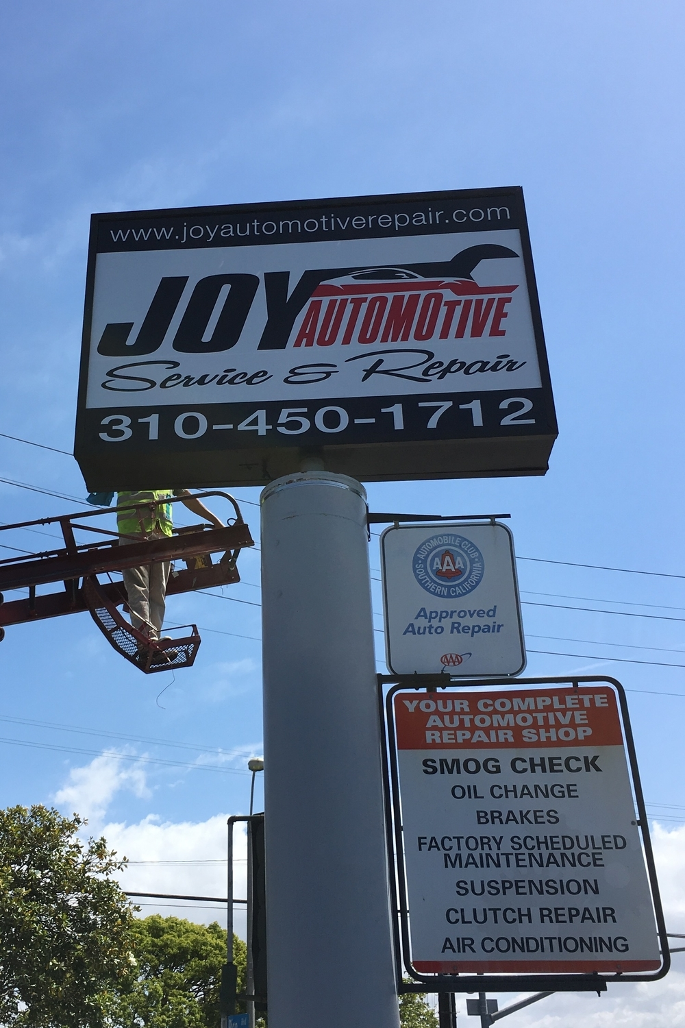 StoreFrontLightBox_JoyAutomotiveRepair_SantaMonica_PremiumSignSolutions