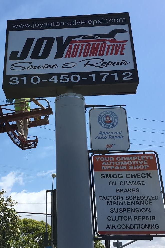 JoyAutomotive_PylonBusinessSign_SantaMonica_PremiumSignSolutions