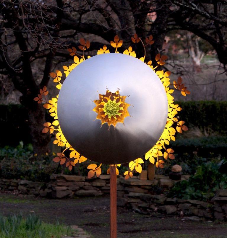 by-folco-kooper-dusk-small-led-sculpture_29676121476_o.jpg