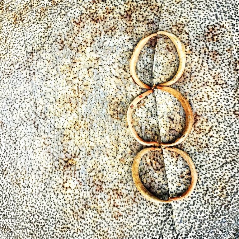 by-leonie-barton-three-rings_29629075771_o.jpg