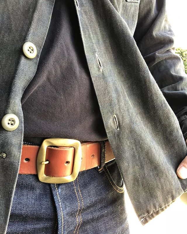 Farallon belt paired with @standardandstrange x @3sixteen overdyed frog camo shirt and @leondenimph