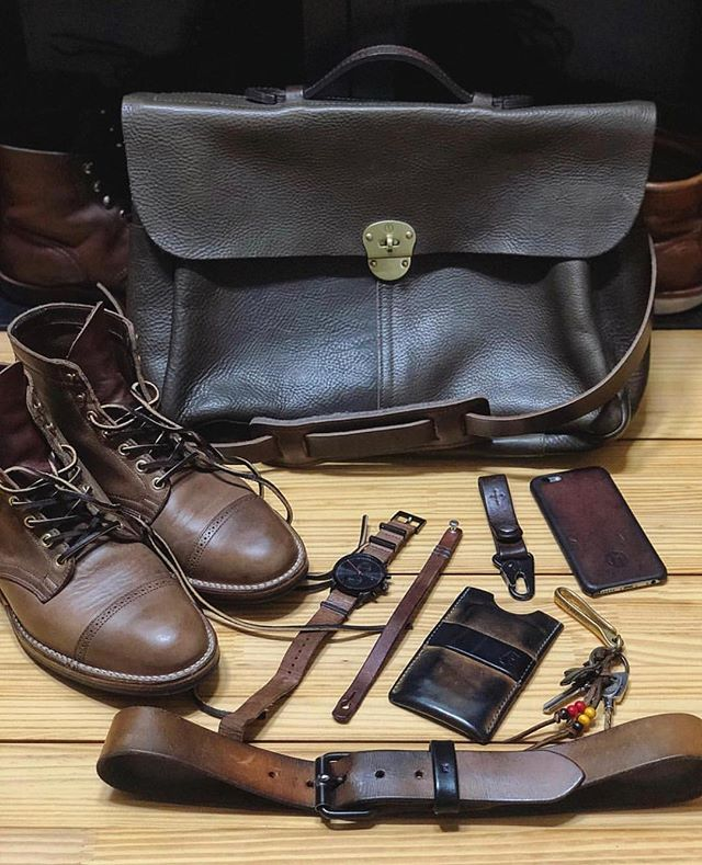 Great lookin kit from @jaesungxlee ! ・・・ My favorite leather goods 🔥 • Bag: @bleudechauffe • Boots: @vibergboot • Belt, Wallet: @ewingdrygoods • Bracelet: @877workshop • Keyclip: @heritancegoods • Watch: @mvmt • Keyhook, iPhone Case: @haxford ▫️▫️▫️▫️▫️▫️▫️▫️▫️▫️▫️▫️▫️▫️ #bleudechauffe #viberg #ewingdrygoods #877workshop #heritancegoods #mvmt #haxford
