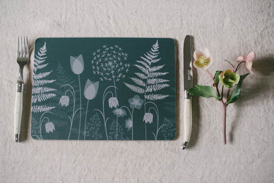 CHARLOTTE'S GARDEN, BY HANNAH NUNN: SET OF PLACEMATS