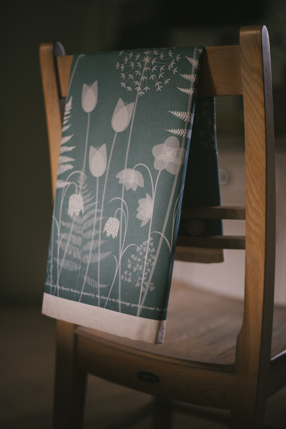 CHARLOTTE'S GARDEN, BY HANNAH NUNN: TEA TOWEL
