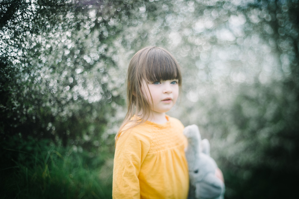 Relaxed, natural family portrait photography - Yorkshire