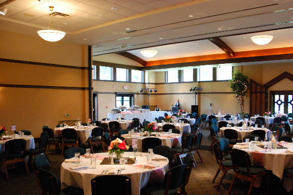 The Jessing Center   Located near Worthington on the grounds of the Pontifical College Josephinum, T  he Jessing Center offers a beautiful space for up to 250 guests. N umerous hotels are nearby, and AV equipment is provided. Corporate events are also accommodated.  (614) 985-2215  pcj.edu