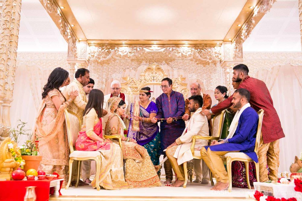 Dash Photography is an Asian wedding photography company based in London UK Oshwal Centre 2017