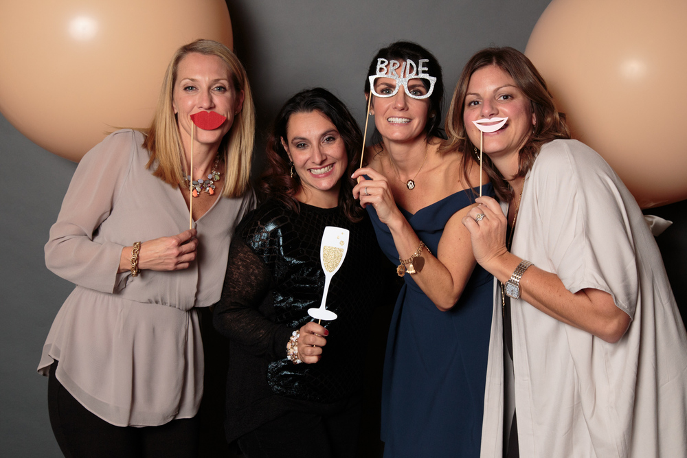 T&R Photo Booth-155.jpg