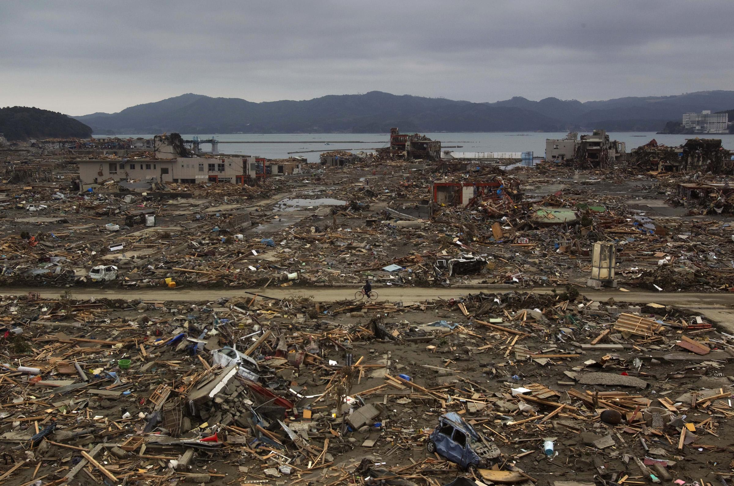 s tsunami david guttenfelder tsunami102 jpg