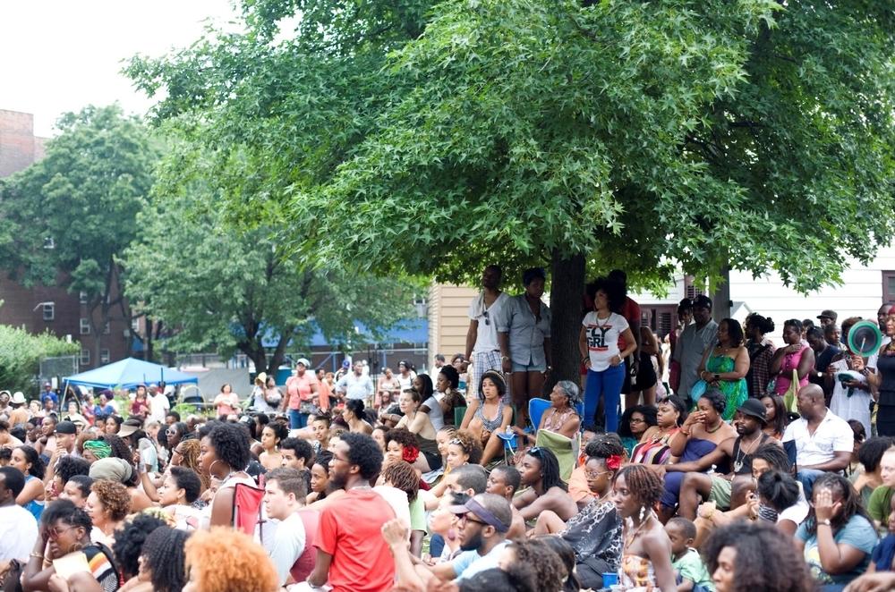 Crowd, 2012