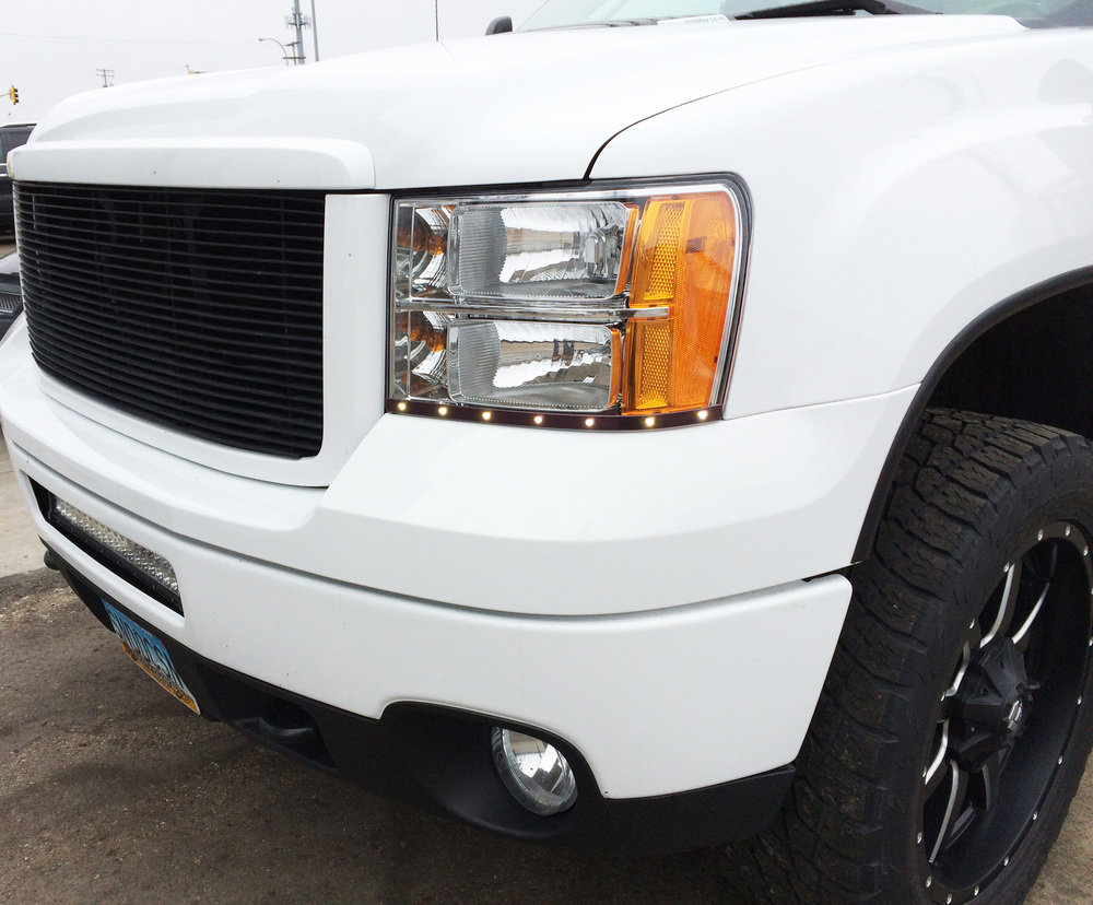 2011 Sierra 2500 - LED Light Bar & LED Daytime Running Lights