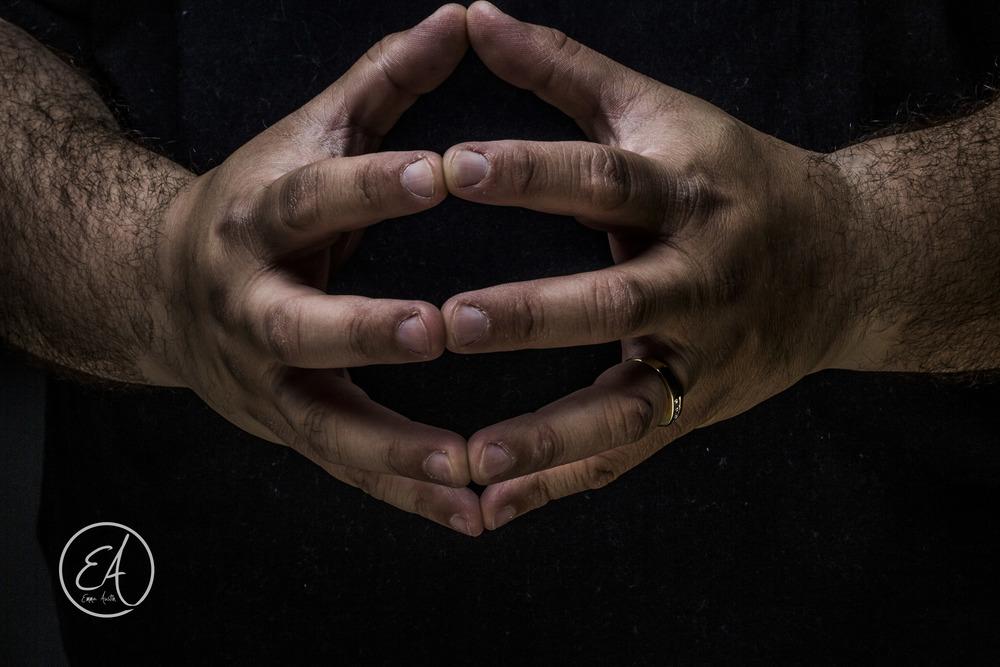 Hands 2-051.jpg