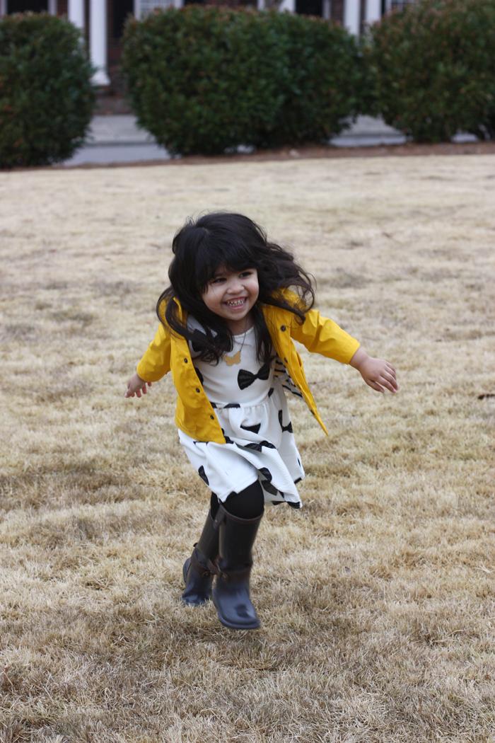 lorelai-zara-rainboots-handm-bow-dress-gap-kids-rain-coat