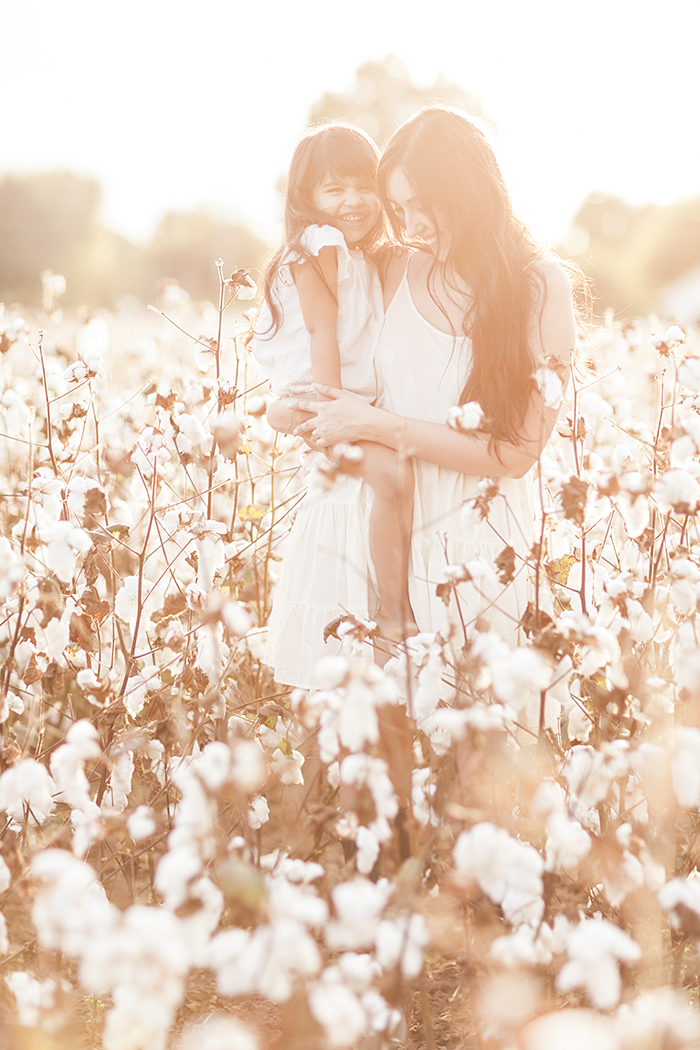 sleepy-fox-photography-chelsea-and-the-city-cotton-field-mother-and-daughter-session-editorial-photographer_1892.jpg