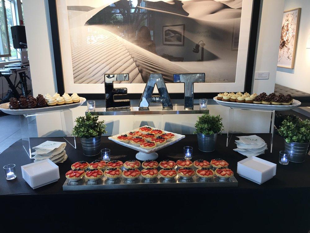 Dessert Buffet EAT.JPG