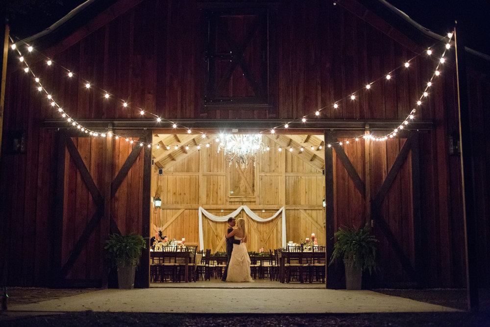 Drake Photography Bride Groom Dance.jpg