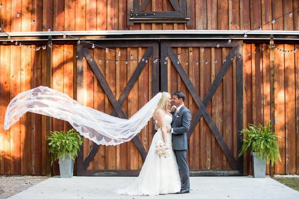 Bridle Oaks Bride and Groom.jpg