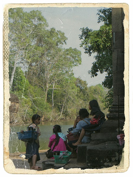 The children of Angkor 1.JPG