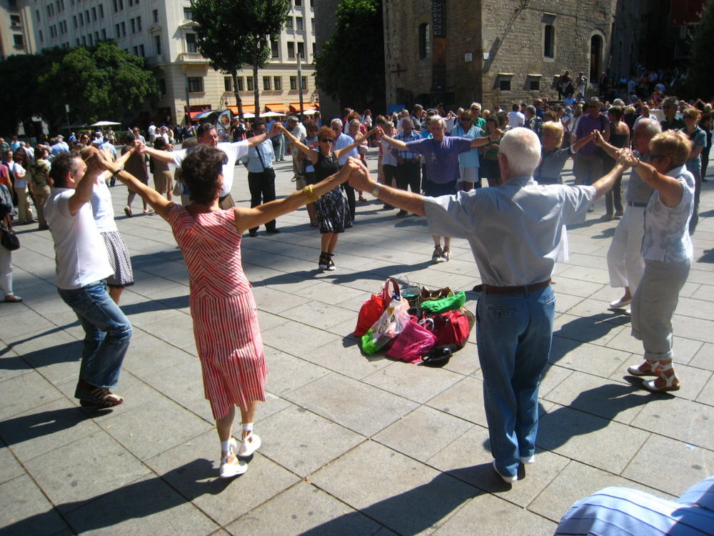 Sardana, a traditional Catalan dance. Photo via SHbarcelona.com.