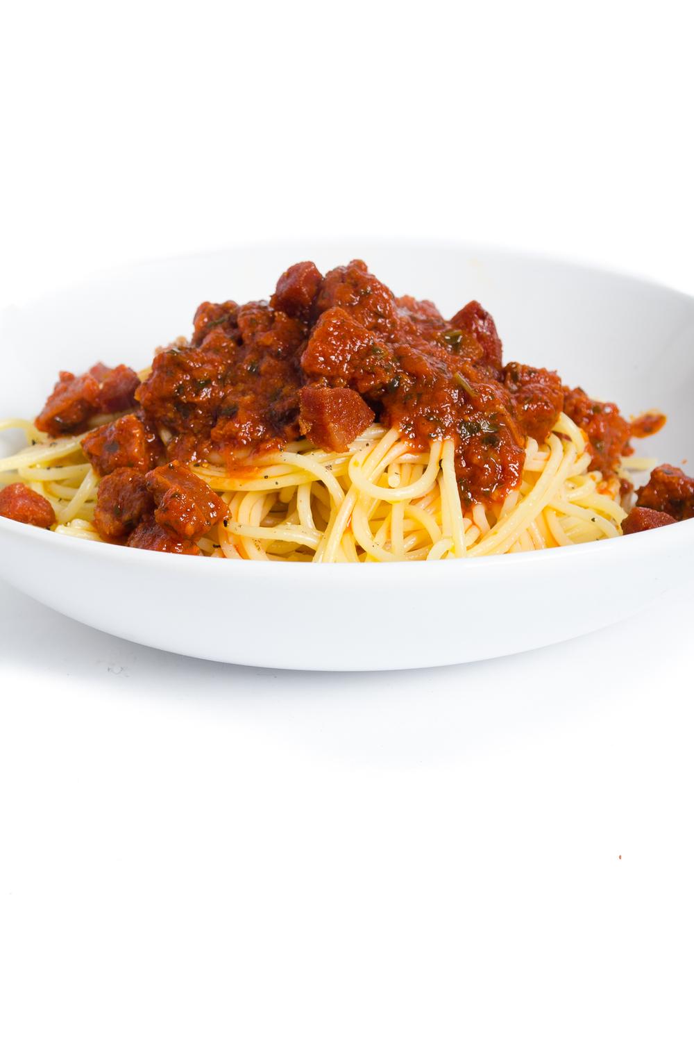 Spaghetti, chorizo and tomato sauce-005.jpg