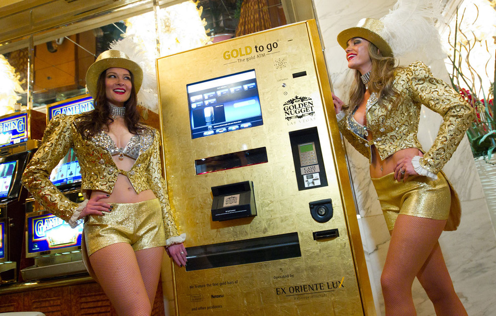 Photo of Gold To Go machine in the Golden Nugget Hotel and Casino in Las Vegas, Nevada, for a post about unusual places to buy gold on GoldRefiners.com. Credit: Gold-Super-Markt.de.