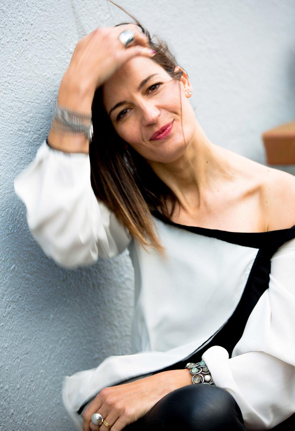 Lia Larrea_Maria Del Puy_Woman in Control