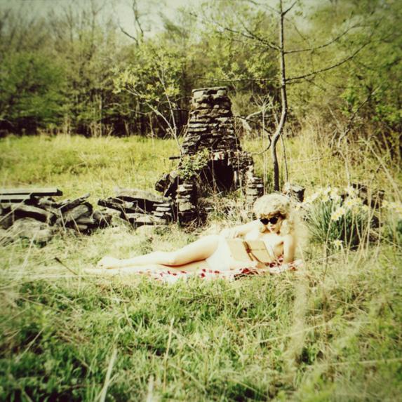 MARIANNA_ROTHEN_picnic.jpg