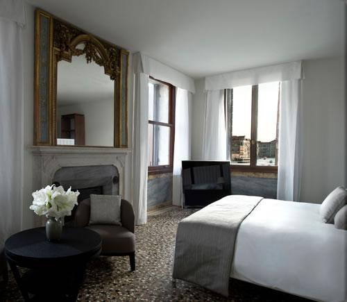 av_canal_grande_suite_bedroom2_alb.jpg