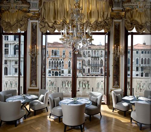 av_piano_nobile_dining_room2_alb.jpg