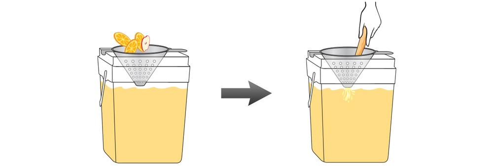 CQ-Lemon-Apple-Juice-Infusions-Recipe-Step-4-Infusing-Water-Fresh-Lemon-Apple
