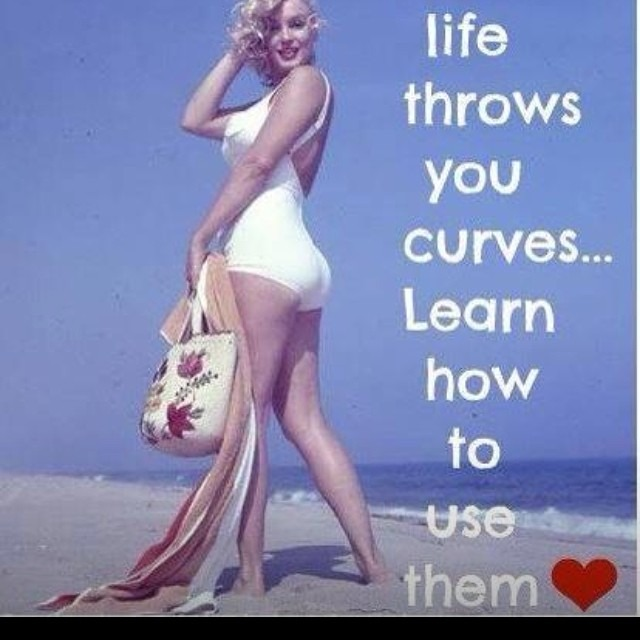 Can Inget an amen! ❤️ #fashionpenpals #curvygirls #curvy #curves #embracethecurve #honormycurves #radicalbodylove #lifethrowscurves #lovethyself http://ift.tt/1rZa4ce