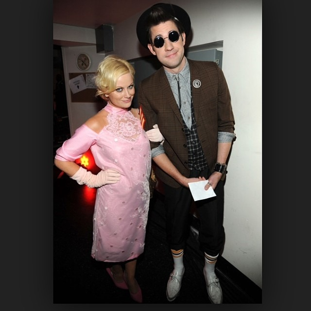 Dear fashion pen pals, can we just take a moment to admire this amazing couples costume. And remember how super rad Amy poehler is? Xoxo! #teamducky http://ift.tt/1powBNk