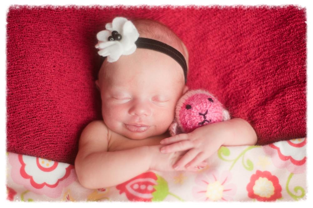 Hannah Newborn-121.jpg