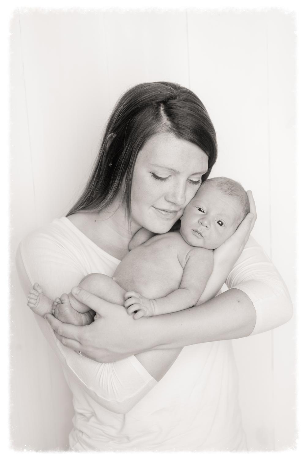 Beckham Layton Newborn-50.jpg