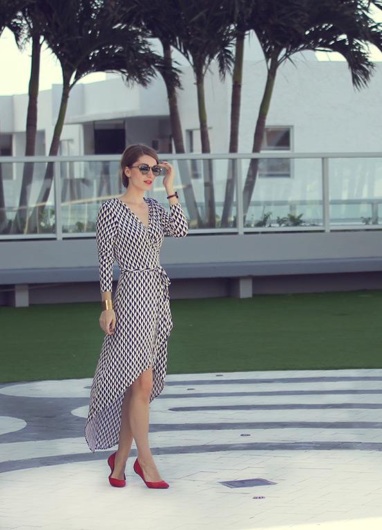 Sara Combs in Tarte in Miami, FL