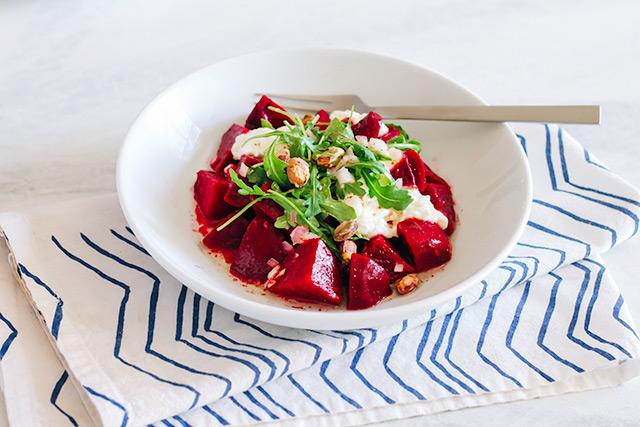Beet & Burrata Salad Recipe | StyleComb blog