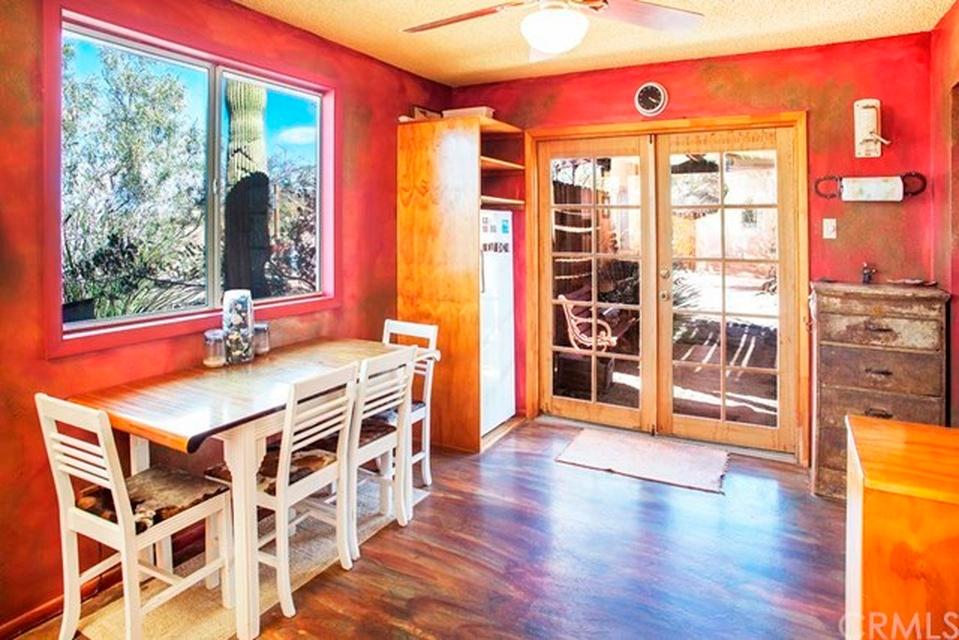 The Casita Kitchen (before) | DesignComb