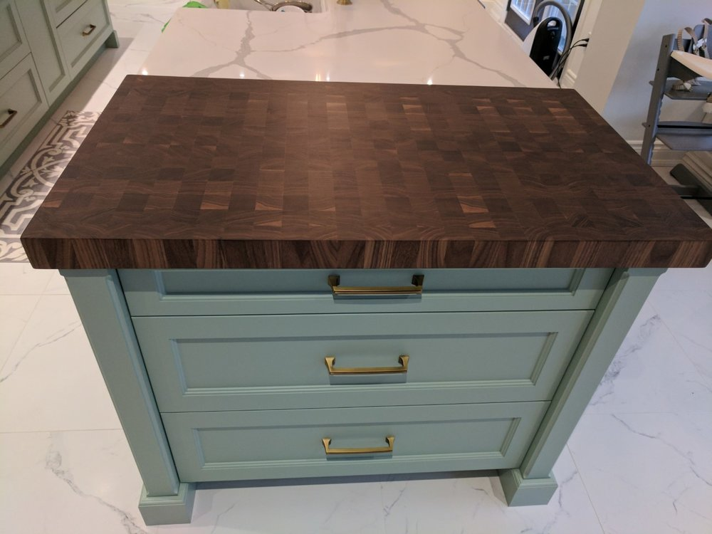 walnut end grain .jpg