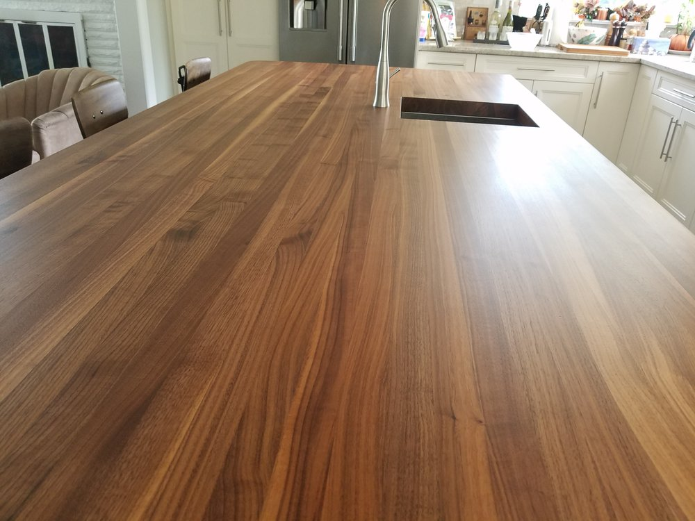 walnut edgegrain1.jpg