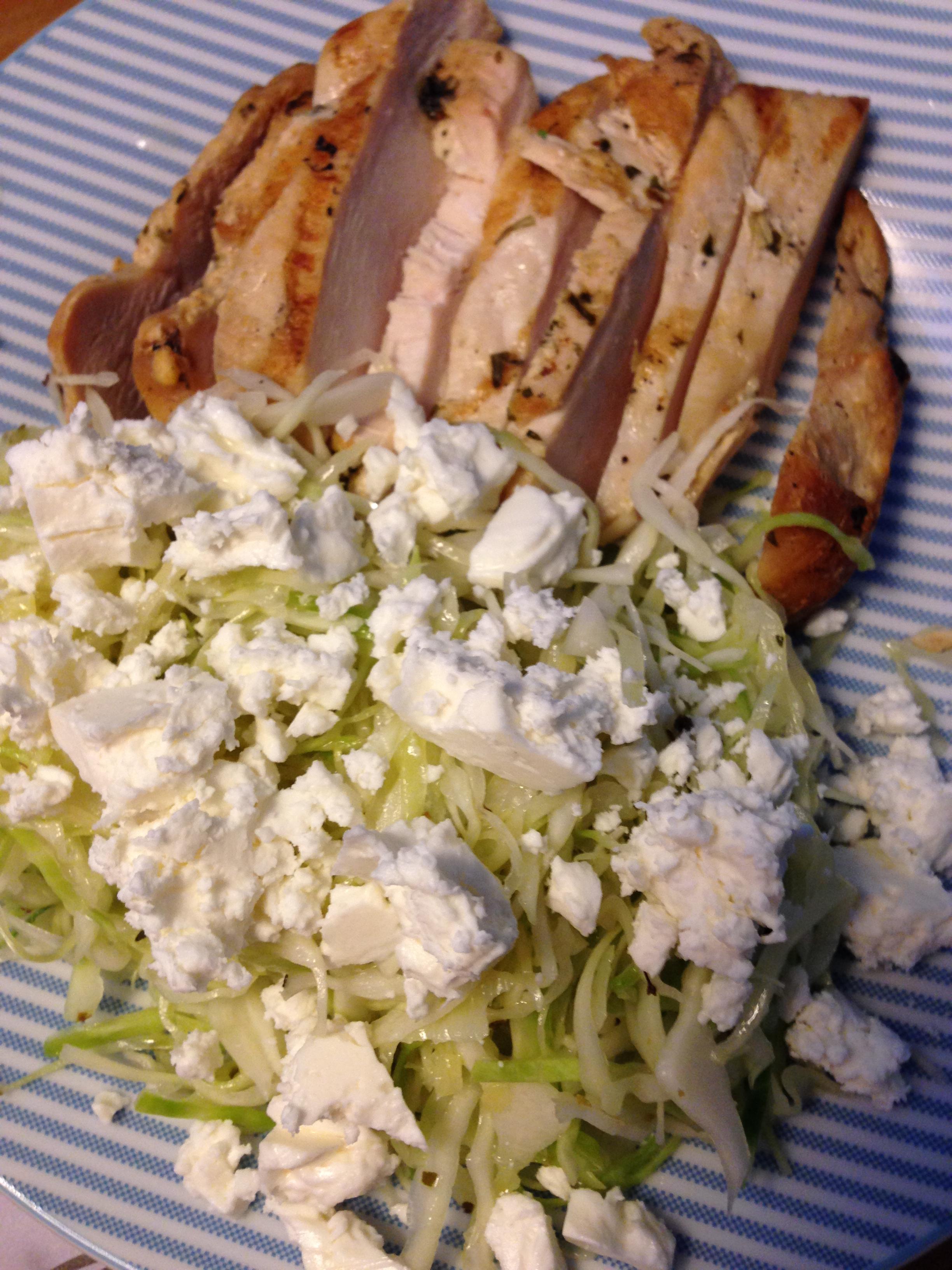Grilled Chicken & Kraut Salat