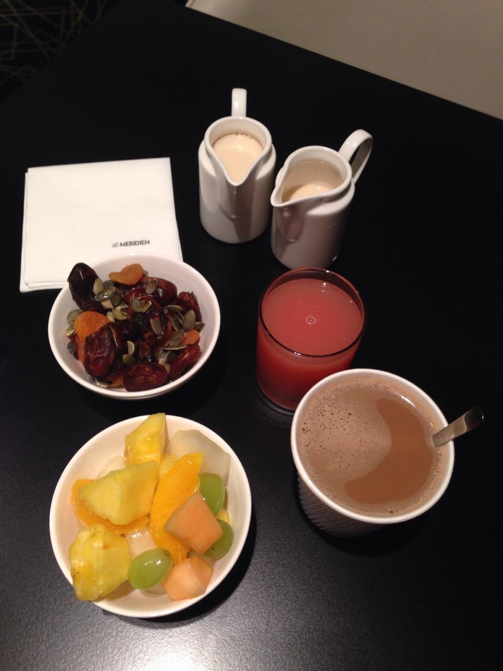 Breakfast - Le Meridian Hotel - London
