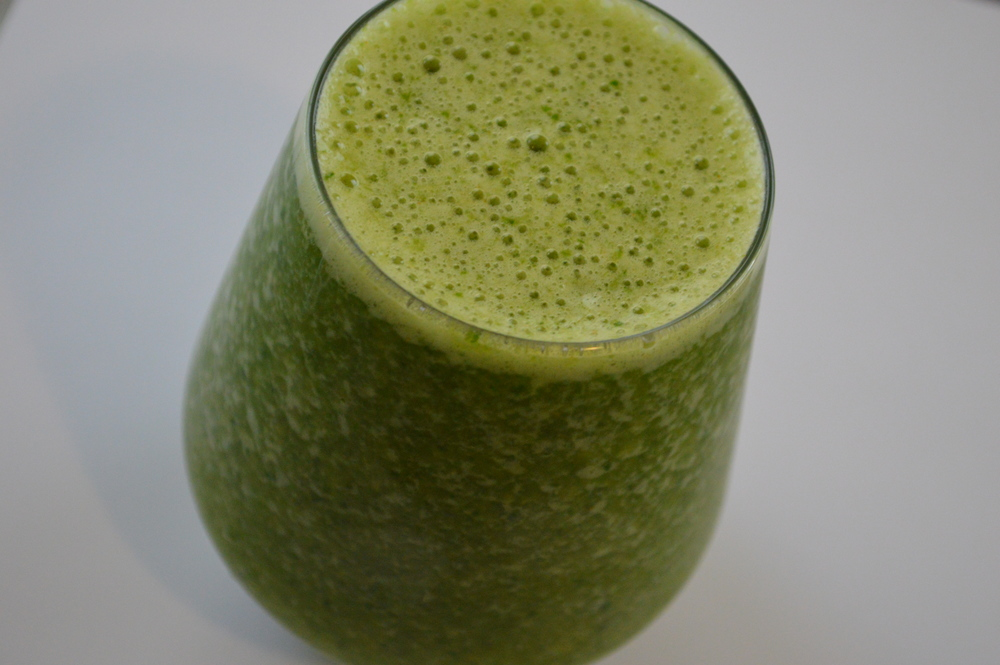 Fat Burner Green Smoothie - laurenschwaiger.com