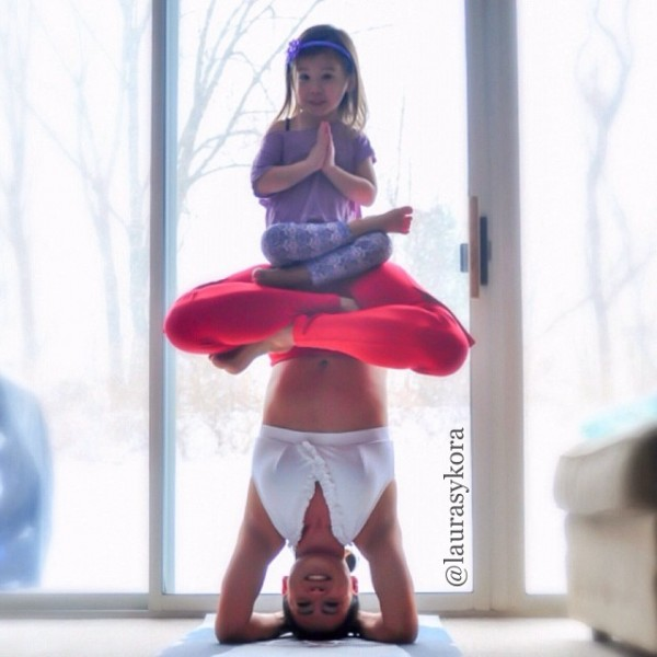 Mother-and-Daughter-Yoga-01.jpg