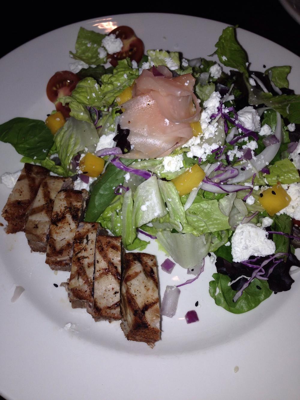 131 Main - Seared Tuna Salad
