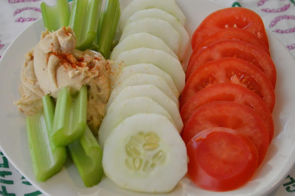 Cucumber, Tomato, Celery & Hummus