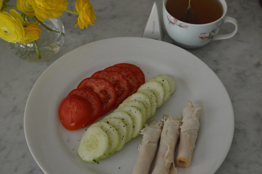 cucumter tomato & turkey roll ups